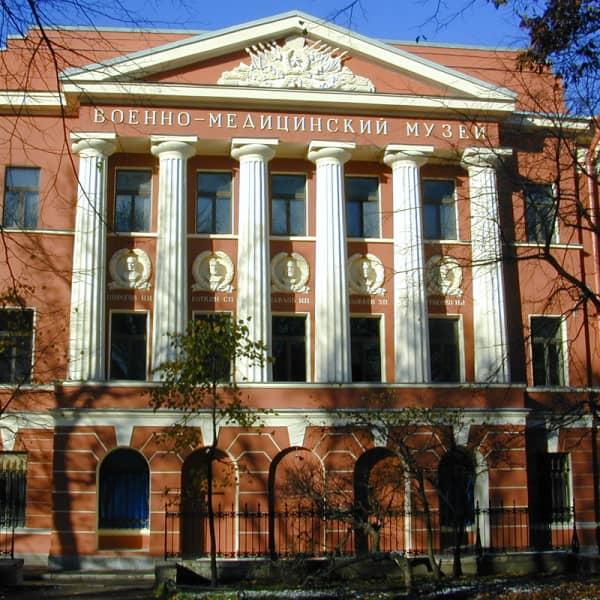 voennyj-muzej-sankt-peterburge.jpg