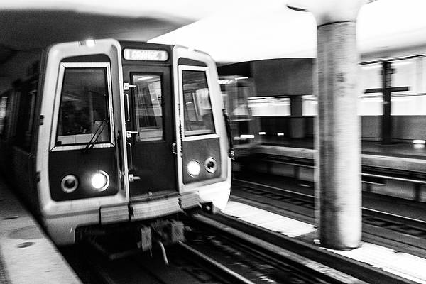 Заброшенное метро «Дачное» в Санкт-Петербурге