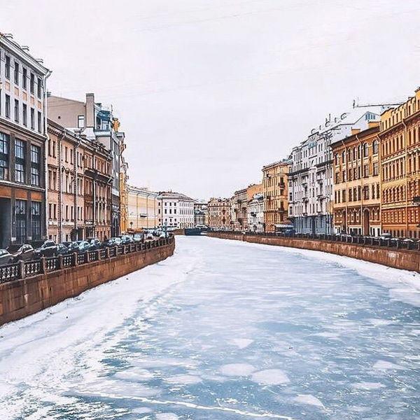 Река в Питере