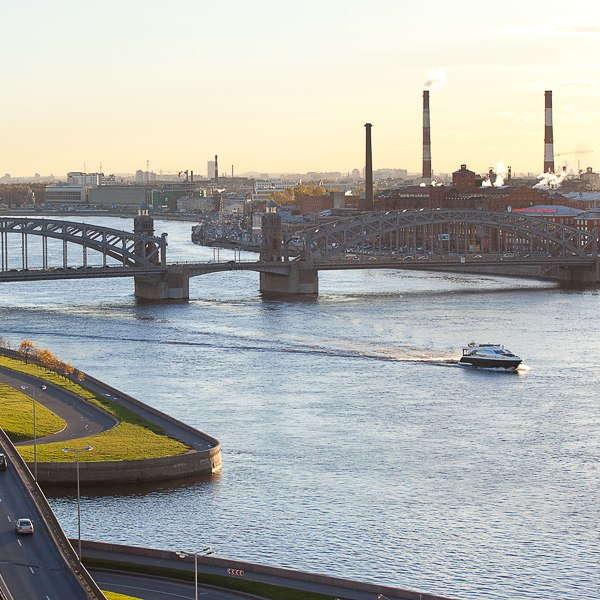 Охта – судоходная река