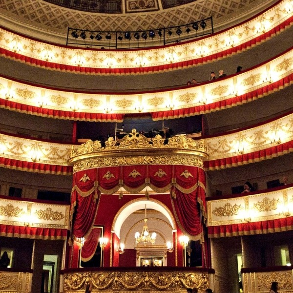 александровский театр в санкт-петербурге