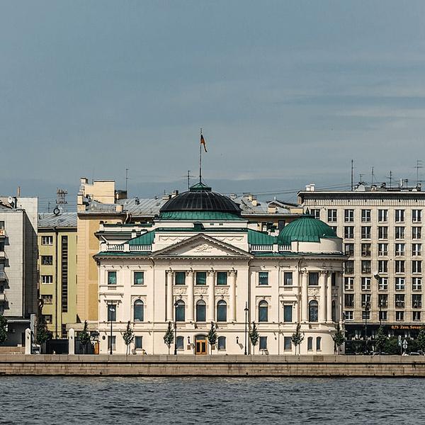 dvorec velikogo knjazja nikolaja nikolaevicha mladshego v sankt-peterburge