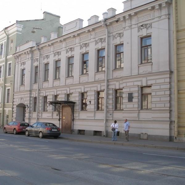 дворец кирилла владимировича