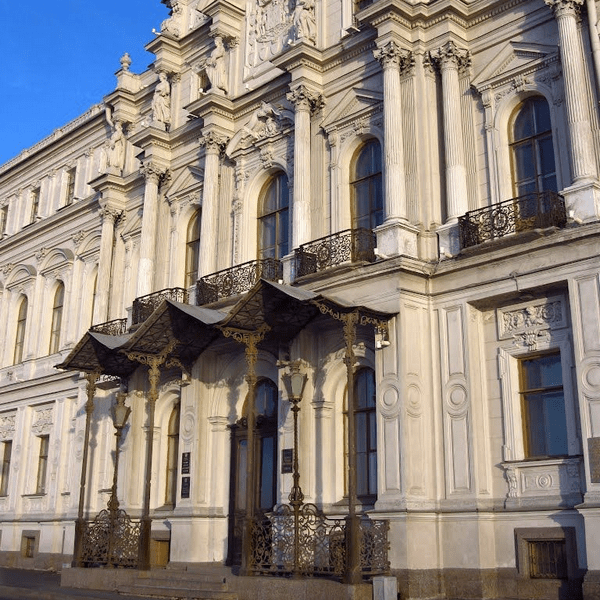 новомихайловский дворец построенный при алексее михайловиче
