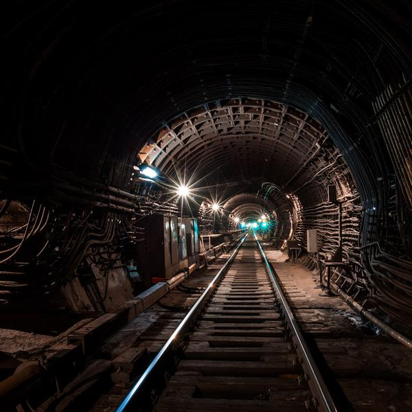 Ночь в метро спб