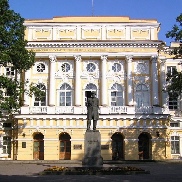 дворец разумовского в спб