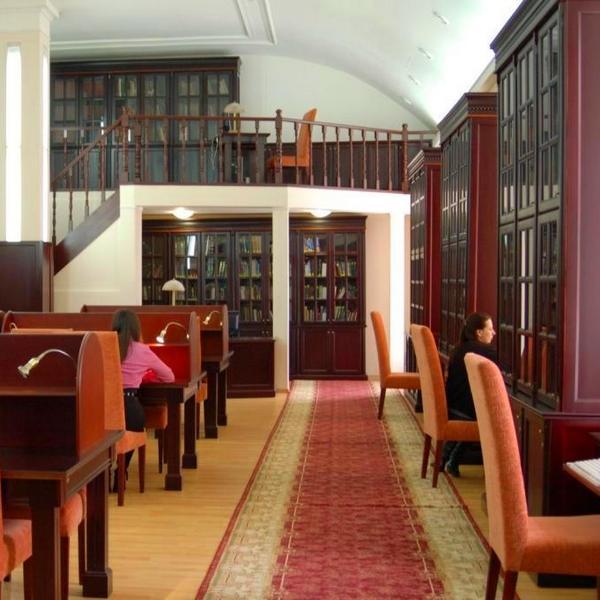 дворец разумовских в петербурге