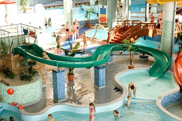 аквапарк питерлэнд 2