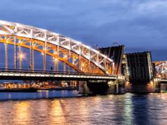 Большеохтинский мост. Собирались долго, построили быстро