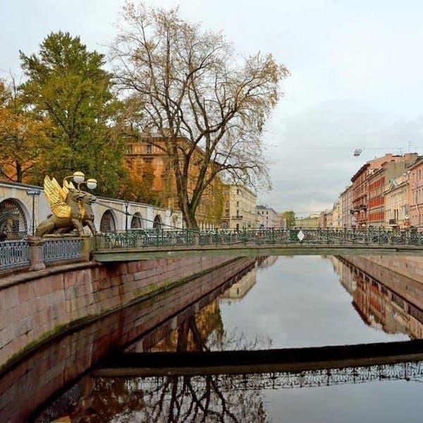 банковский мост в санкт петербурге