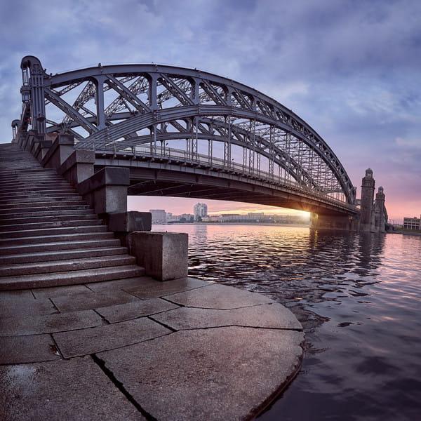 мост петра великого в санкт петербурге