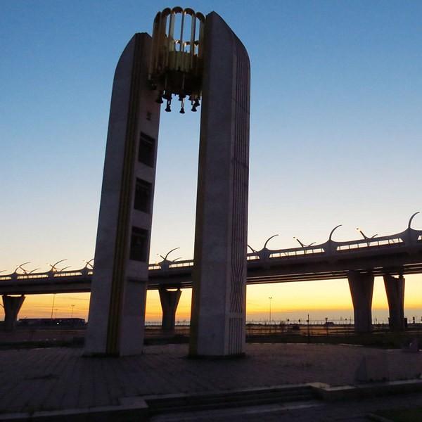 яхтенный мост санкт петербург как добраться