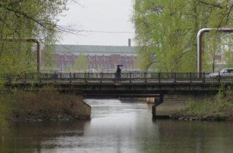 Подзорный мост в Санкт-Петербурге