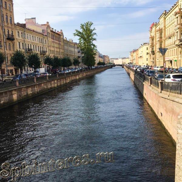 Вид с моста на Крюков канал
