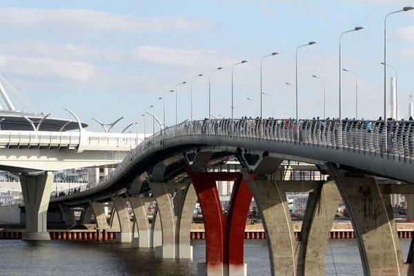 яхтенный мост