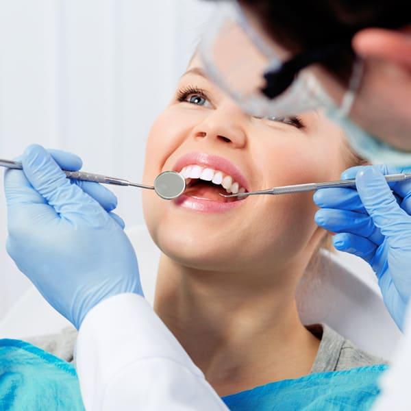 стоматолог выборг