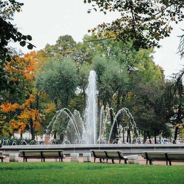 25 самых красивых фонтанов Санкт-Петербурга