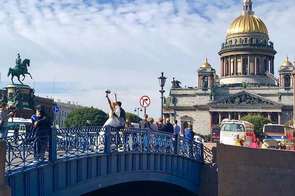 Синий мост в Санкт-Петербурге - фото, описание