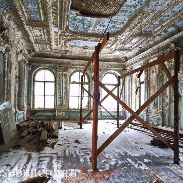 Заброшенные особняки Петербурга: топ-15