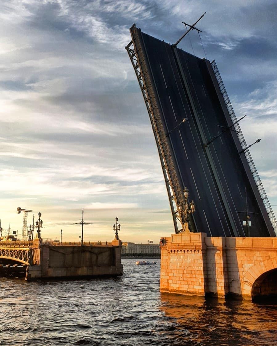 Троицкий мост в Санкт-Петербурге - фото, описание