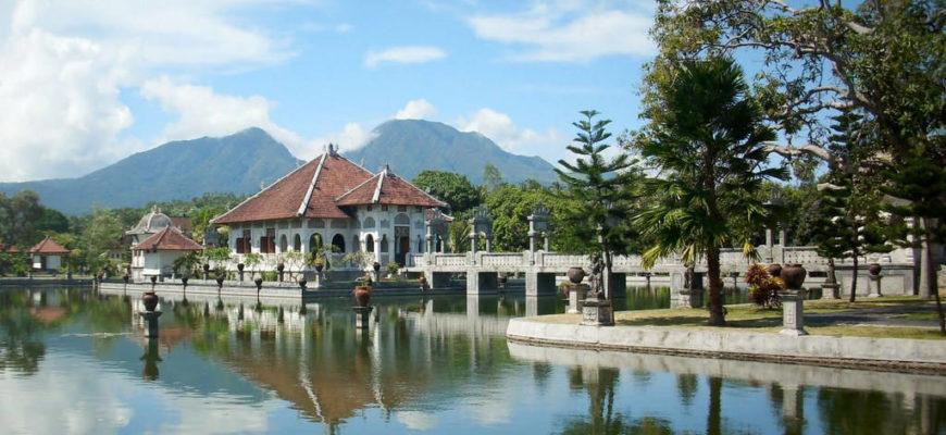 Водный дворец Таман Уджунг - где находится, как добраться