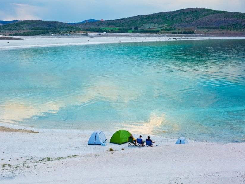 Кемпинг на озере Салда