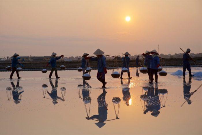 Соляные плантации Хон Хой