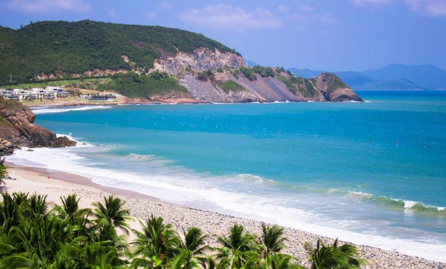 Красивый пляж в Нячанге