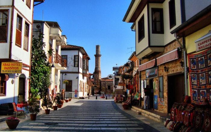 Красивая улица