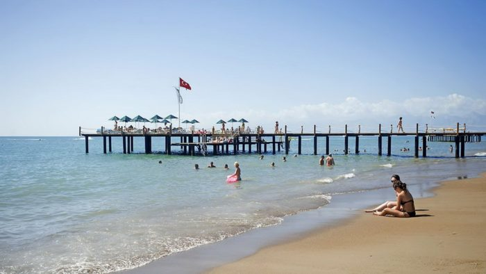 Вид на пляж Кунду Анталия