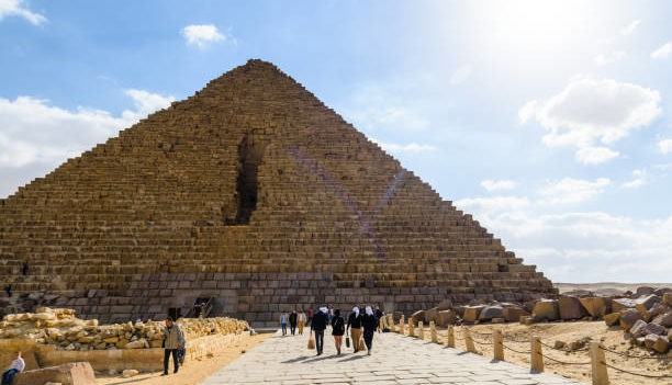 Старая пирамида