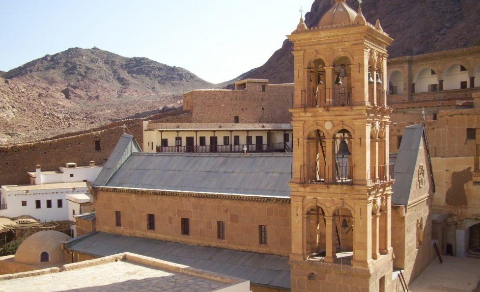 Каменный монастырь