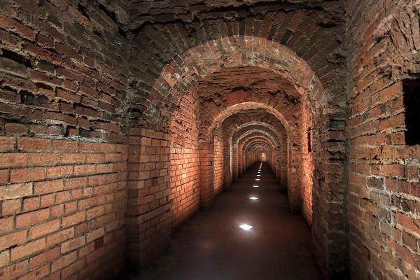 Тайные подземелья Петербурга и окресностей