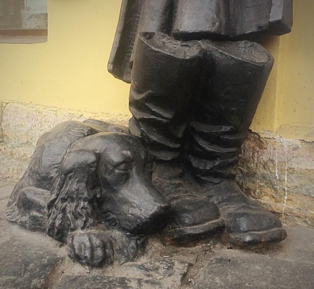 """Памятник """"Муму"""" в Санкт-Петербурге"""