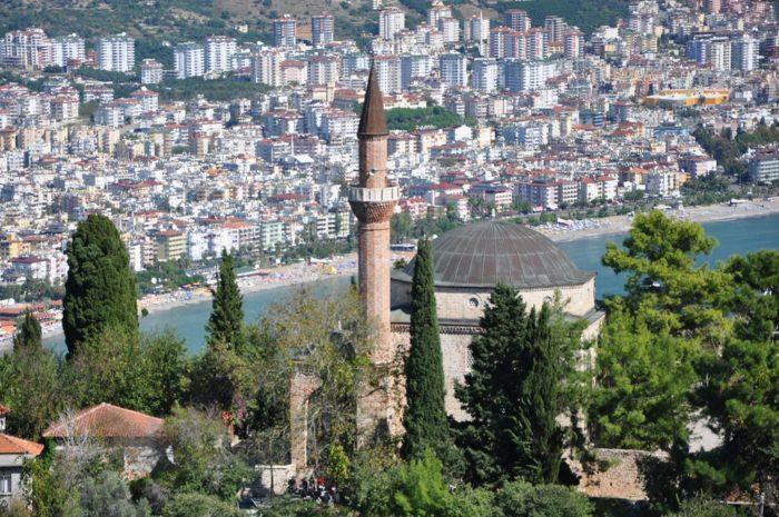 Мечеть в Алании
