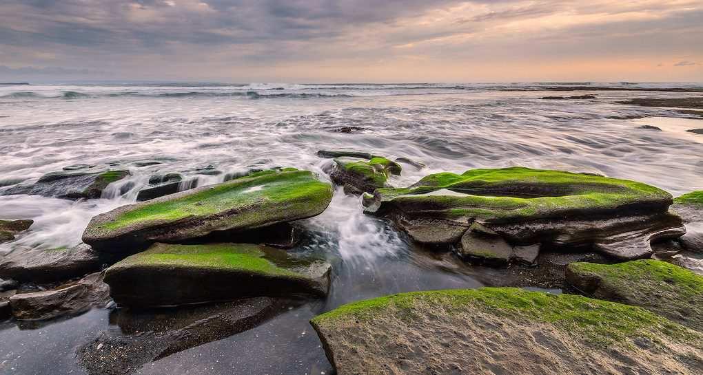 Пляж Няньи