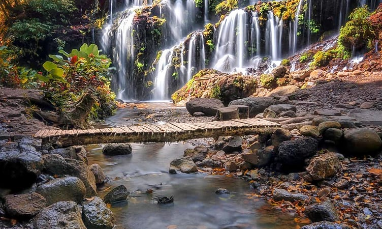 Водопад Бхуана Сари