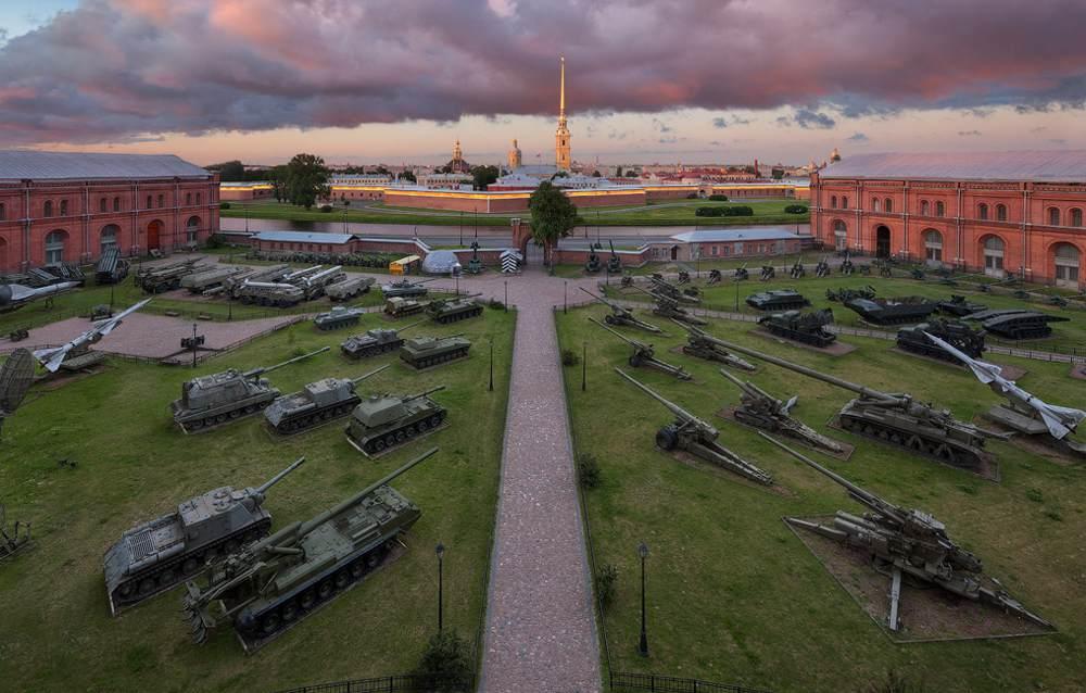 Петропавловская крепость военная техника