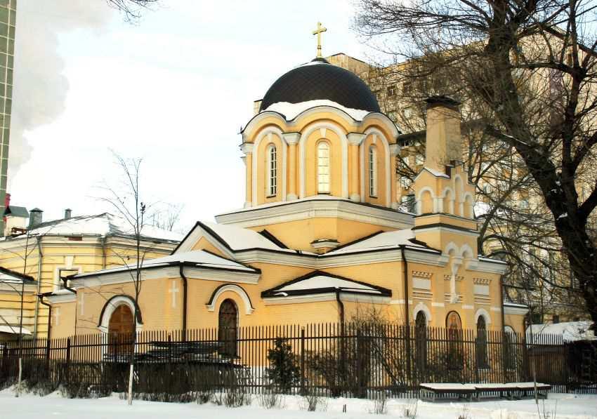 Церковь Святого Дмитрия Прилуцкого в Девичьем поле