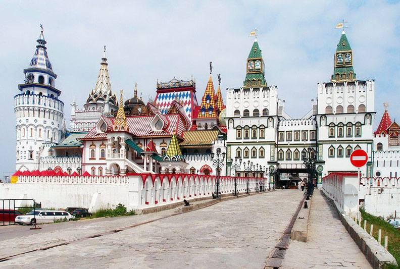Измайловский Кремль и Вернисаж