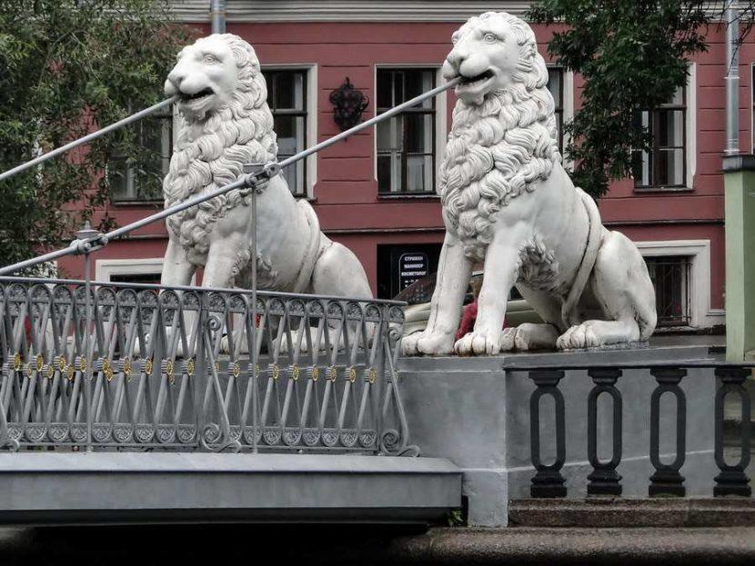 Мост четырех львов