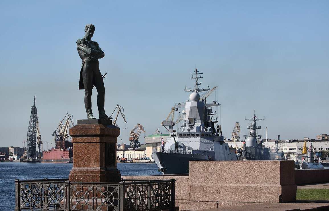 Памятник Адмиралу Ивану Крузенштерну
