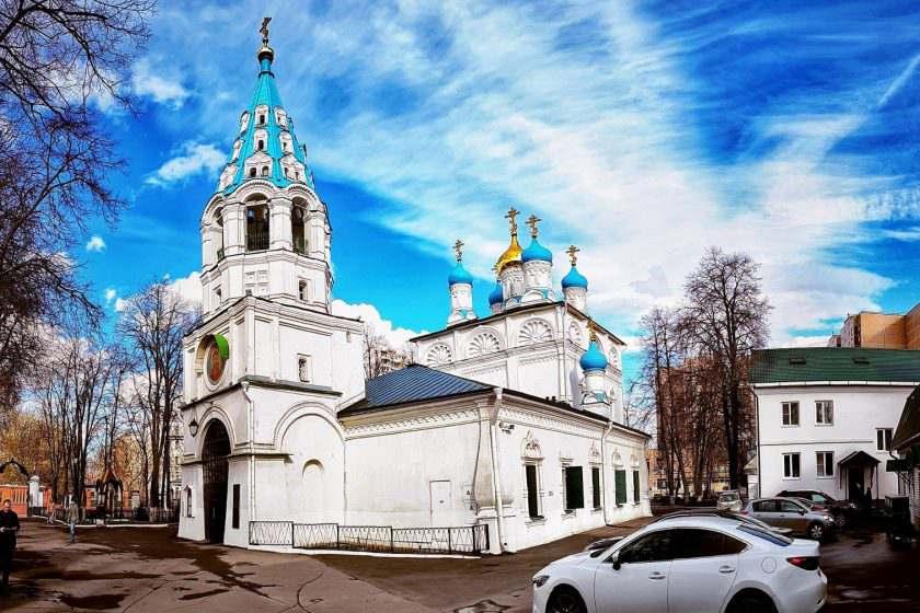 Петропавловская церковь в Лефортово