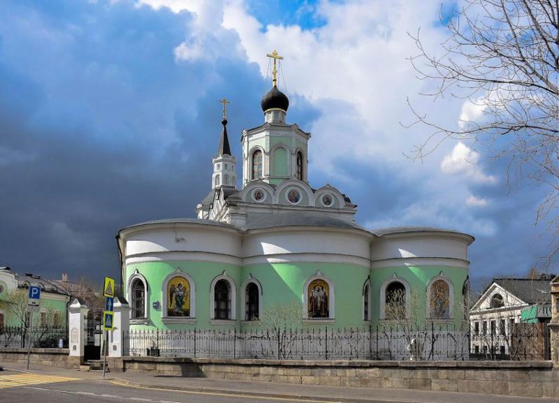 Крестовоздвиженская церковь в Чистом Вражке