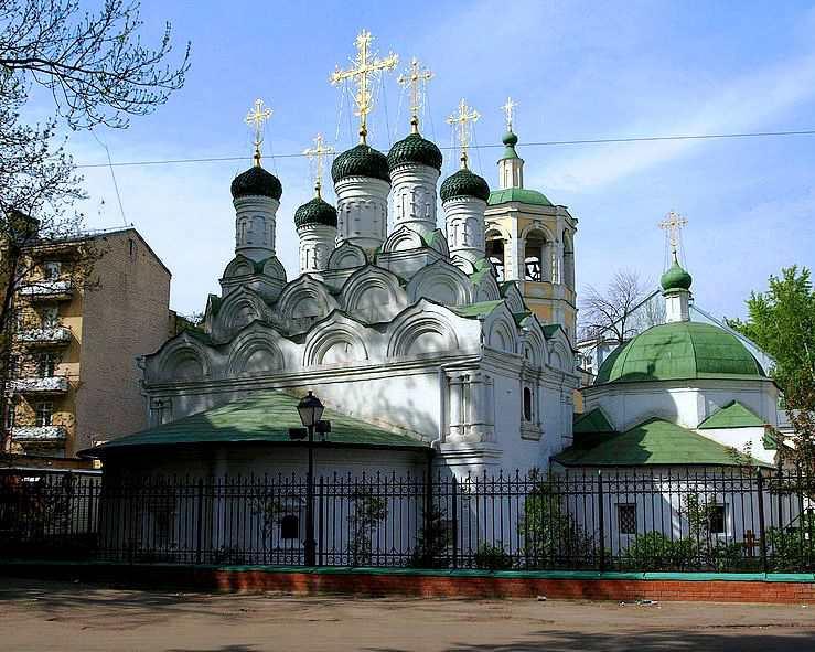 Успенская церковь в Путинках