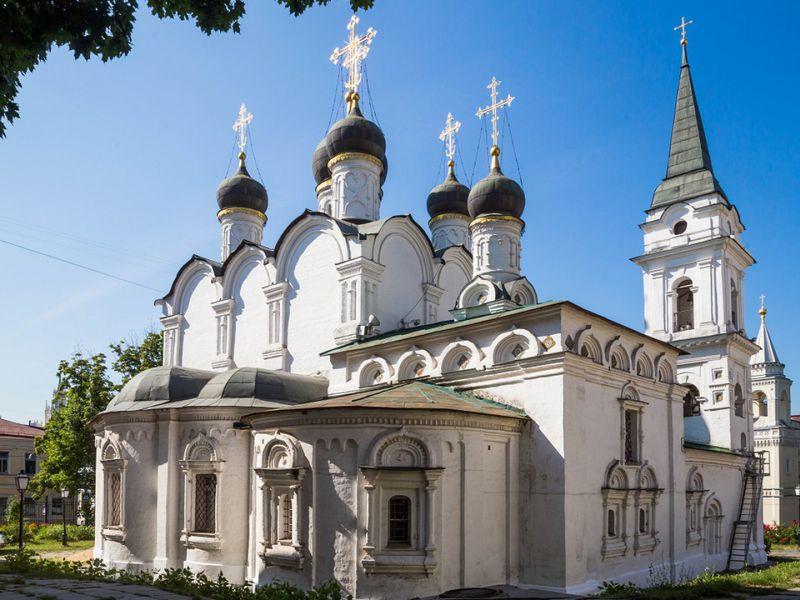Церковь Святого Владимира в старых садах