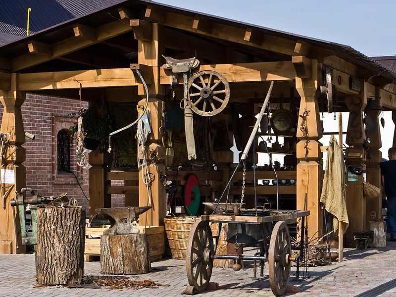 Ремесленное поселение на конюшне