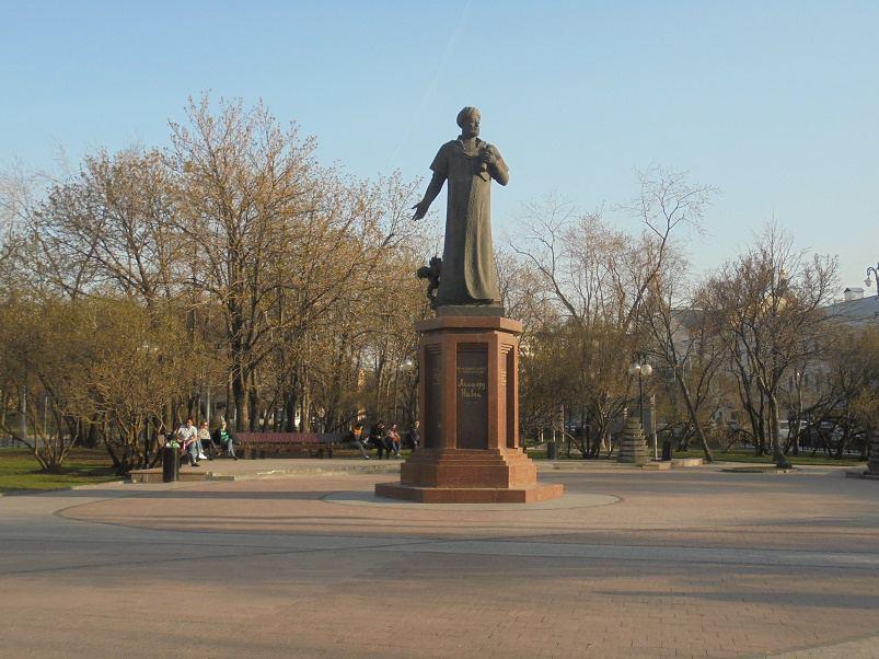 Памятник Али-Шир Наваи