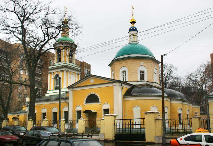 Тихвинская церковь Пресвятой Богородицы в Сущеве