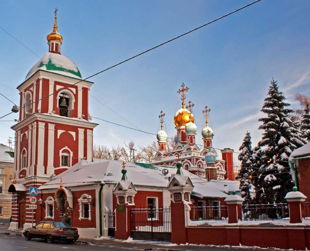 Успенская церковь в Гончарах